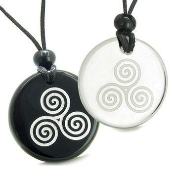 Amulets Love Couple Triple Spiral of Life Celtic Goddess Quartz Black Agate Pendant Necklaces