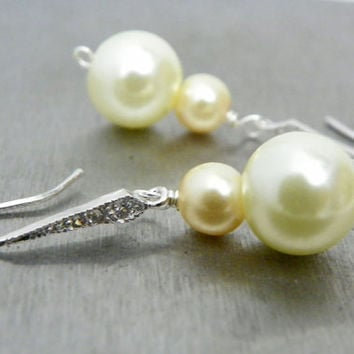 Ivory and Champagne Pearl Earrings, Pearl Wedding Earrings, Cubic Zirconia, Classic Short, Bridal Earrings, Bridesmaid Jewellery.