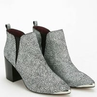 Report Signature Toby White Crackle Pointed Toe Booties