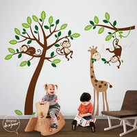 Ricco Monkey and Friends with the Giraffe by designedDESIGNER