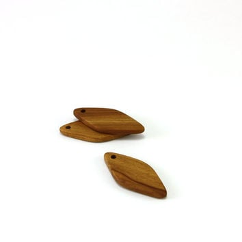 Wooden pendant - Applewood 1.7in (44mm) - Set of 3 natural wood pendants - Handmade wooden jewelry (A7437)