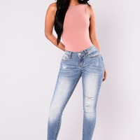 Holla Out Skinny Jeans - Medium