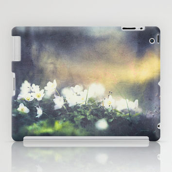 Rugged beauty iPad Case by HappyMelvin