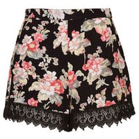 PETITE Exclusive Floral Print Shorts - Black