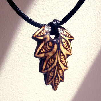 Wood Leaf Necklace, Wooden Pendant Hand Carved. Leaf Pendant, Leaf Jewelry, Pyrography, Wood Burning, Handmade, Leaf Necklace, Rustic, Boho