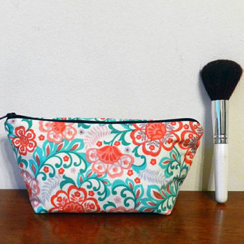 Pink, Red and Sea Green Vintage Style Floral Print Small Travel Makeup/Cosmetics/Toiletries/Vape Pen Bag/Pouch/Holder with Dark Blue Zipper
