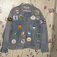 VTG 1980s Today's News faded Denim Blue Jean  mens  Jacket with patches sz   XL