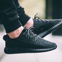 Yeezy Boost 350 Pirate Black *Limited*
