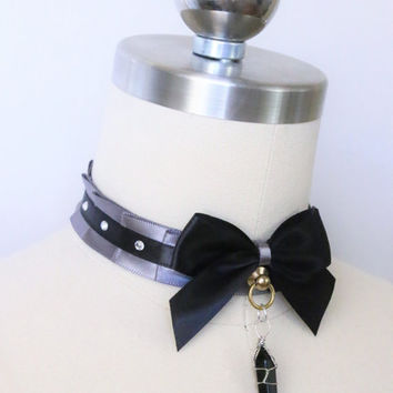 Holly Day Collar