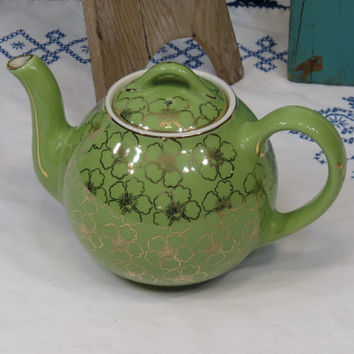 Hall Teapot Chartreuse French Flower 8 Cup Green and Gold