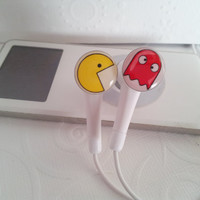 ON SALE  Mini   Pacman and Ghost earbuds