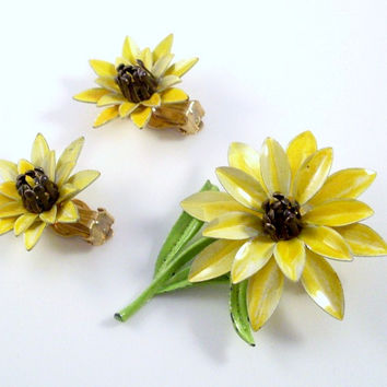 Vintage Yellow Flower 1960's Enamel Brooch and Earring Demi Parure Set