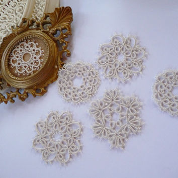 Set of six coasters lace  - ivory coasters-handmade doilies -  home decor - tatting coasters- lace coasters- table decor-retro party