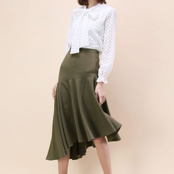 Gleeful Asymmetry Frill Hem Skirt in Army Green