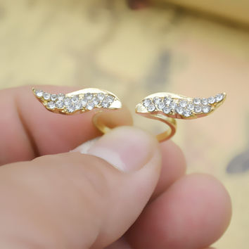 Women's Personalized Angel Wings Ring