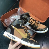 off white+LV+AJ1 Fashion shoes for men and women