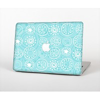 The Light Blue & White Swirls V3 Skin Set for the Apple MacBook Pro 15""