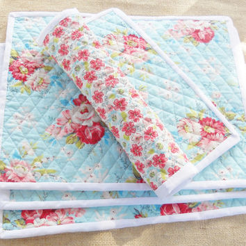 Cottage Style Quilted Placemats, Set of 4, Shabby Chic, Tea Party, Farmhouse, Home Decor, Housewarming Gift, Wedding, Custom Order