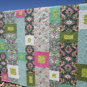 Modern Quilt with Mint, Pink and Black