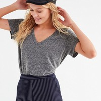 Truly Madly Deeply Riley V-Neck Tee | Urban Outfitters