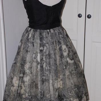 50s Black & White Chiffon Full Sweep Cocktail Dress with Circle Skirt, Mint,Size S/ XS