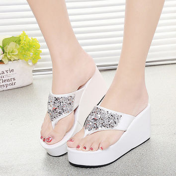 2017 Summer Woman Flip Flops Slippers Fashion Ladies Beach Sandals Rhinestone Platform Wedge High Heels Shoes Z819 Sandalias