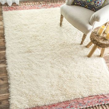 NuLOOM Hand Tufted Solid Tassel Lane Shag Rug Cream