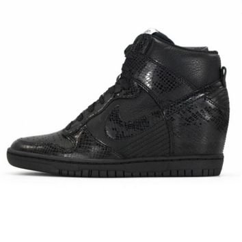 Nike Dunk Sky Hi Essential Inside Heighten woman Leisure High He 1fe9315c78