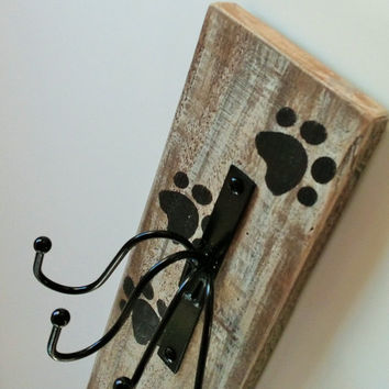 Rustic Dog / Pet Leash Holder / Rack - Wall Mounted made from reclaimed wood, white washed