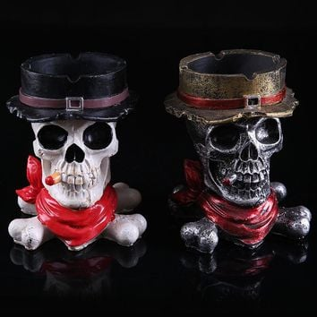 Ashtrays For Home Room Resin Skull Creative Ashtray Black and Wihite