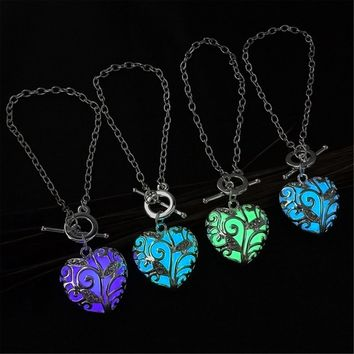 Fashion Silver Luminous Bracelet Glowing in Dark Heart Shaped Pendant Bracelets For Women Chain Bracelet Jewelry Christmas Gifts