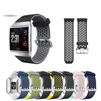Fitbit Ionic Band, Adjustable Sport Silicone Accessory Band For Fitbit ionic Smartwatch