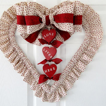 Heart Wreath / Heart Door Hanger / Valentine Door Hanger / Mothers Day Wreath / Red Fabric Wood Wreath / Gift For Her / Wall Hanging Heart