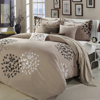 Queen Size 8 Piece Comforter Set In Light Brown Black Tan White