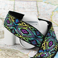 Ikat Tribal dSLR Camera Strap, Batik, Southwestern, Tribal, Nikon Canon Camera Strap, Pocket, Quick Release, SLR, 92 w3i