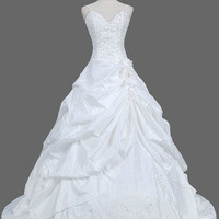 A-line Spaghetti Straps Sleeveless Chapel Train Taffeta Wedding Dress With Embroidery Beading Free Shipping