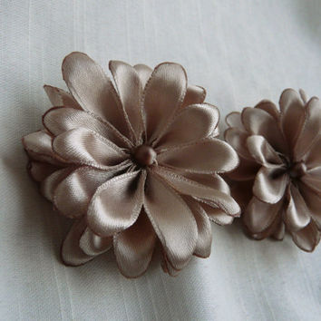Champagne Flower Clip, Wedding Hair Pin, Small Hair Clip, Flower Girl Hair  Flower, Bridal Hair Pin, Champagne Fascinator