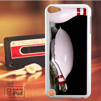 Bowling Awesome Turtle iPod Touch 4 Case, iPod Touch 5 Case, iPod Touch 6 Case
