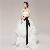 [Clothing yarn Boufil] Edelweiss. Vera Wang wind Bra lace bow belt princess wedding ~