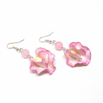 Sweet pea earrings, pink flower jewelry, gemstone earrings, polymer clay jewelry, rose quartz earrings