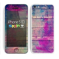The Pink & Blue Grunge Wood Planks Skin for the Apple iPhone 5c