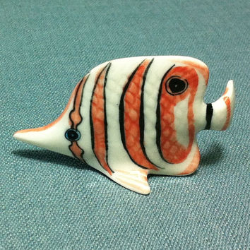 Miniature Ceramic Exotic Fish Sea Animal Cute Little Tiny Small Red Stripes White Figurine Statue Decoration Hand Painted Collectible Figure