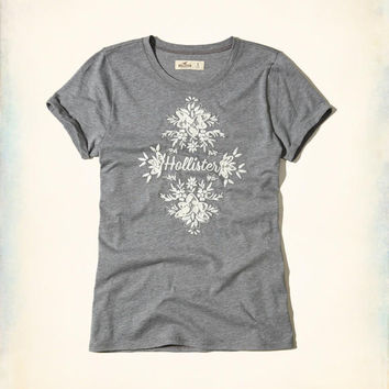 Girls Embroidered Logo Graphic Tee | Girls Tops | HollisterCo.com