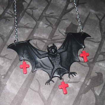 Bat Necklace Halloween Vampire Bat Jewelry Blood Red Cross Beads Silver Chain Pendant Necklace Halloween Accessory Free Shipping US/Canada
