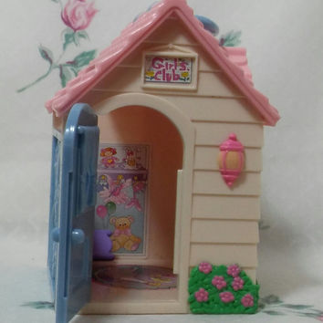 Fisher Price Sweet Streets Clubhouse / Playhouse Fisher Price Sweet Streets Retired