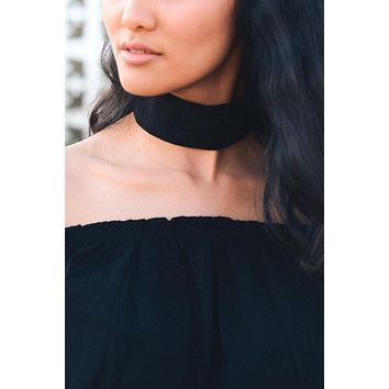 Velvet Wide Band Choker - Black