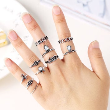 10Pcs Vintage Boho & Elephant Ring Set + Gift Box +Free Christmas Gift -Random Necklace