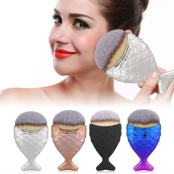 Cosmetic Fish Tail Brush Professional Powder Fish Scale Makeup Brushes Set Maquiagem Foundation Contour Blush Brush Make Up Tool