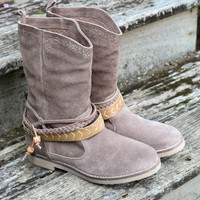 Dusky Skies Brown Suede Boots With Wraparound Straps