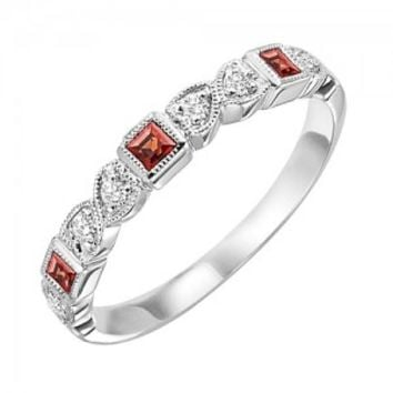 10k white gold diamond and square garnet birthstone ring